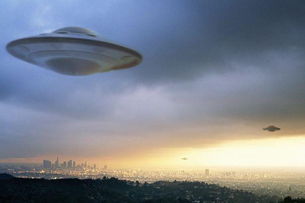 UFO-spacecraft-spaceship